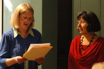 Cathy being introduced by her colleague Ann Diskin